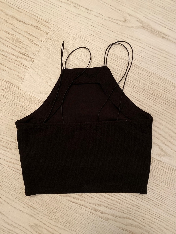 Damen tops & t-shirts - GINA TRICOT photo 2