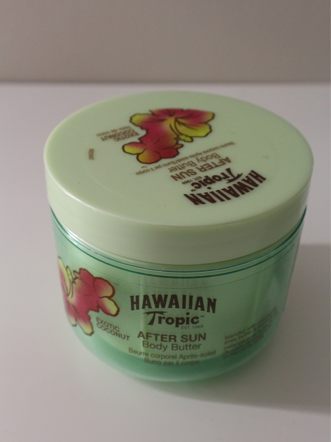 Women's cosmetics & beauty - HAWAIIAN TROPIC photo 1