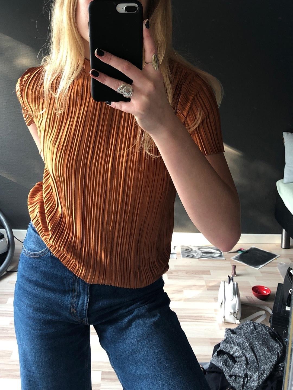 Naiset topit & t-paidat - PIECES photo 3