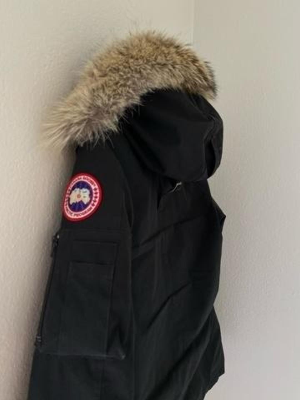 Damers frakker og jakker - CANADA GOOSE photo 1