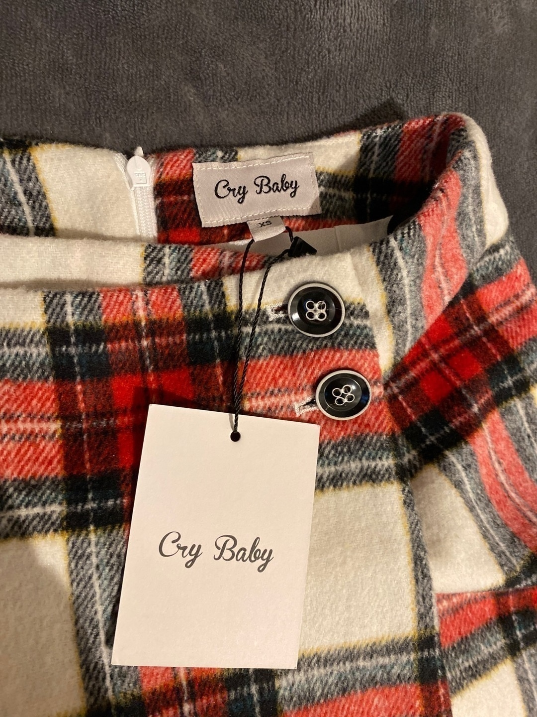 Women's skirts - CRY BABY photo 3