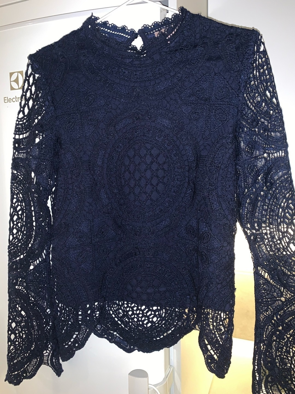 Women's blouses & shirts - ANNA FIELD photo 1