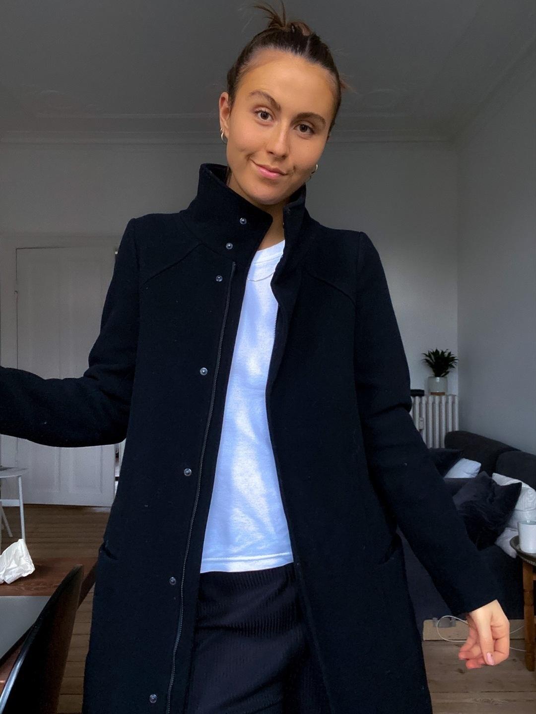 Women's coats & jackets - DESIGNERS REMIX photo 2