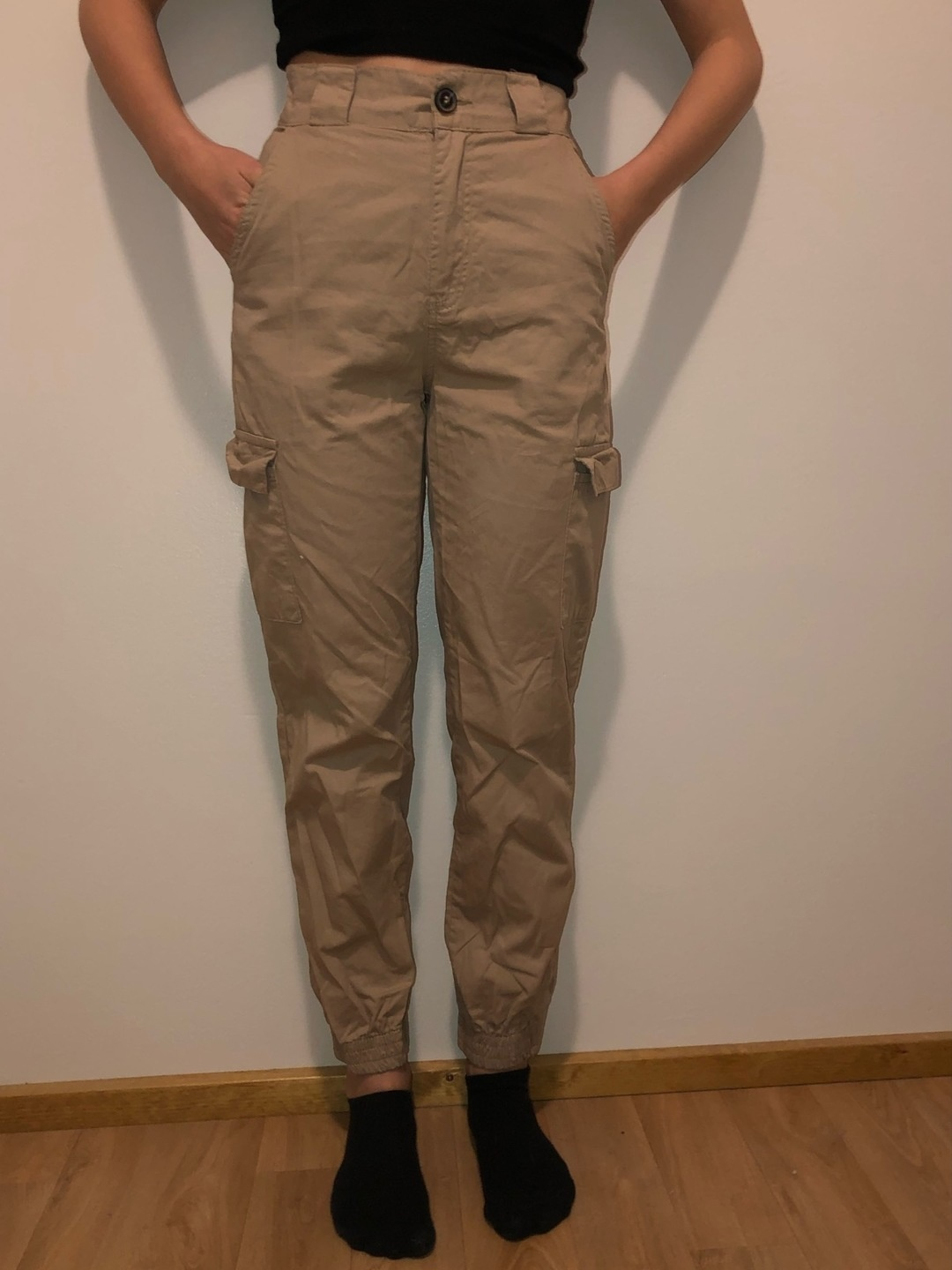 Women's trousers & jeans - CHIQUELLE photo 1
