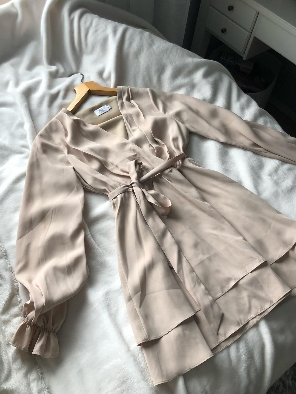 Damers kjoler - DONNA ROMINA NAKD photo 1