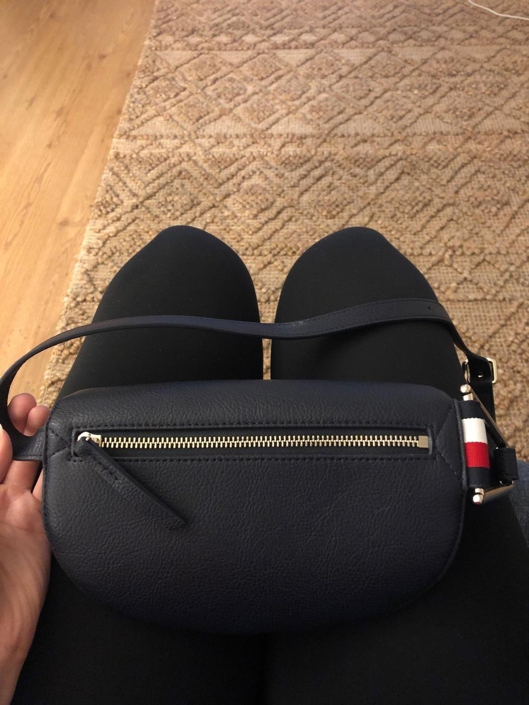 Women's bags & purses - TOMMY HILFIGER photo 2
