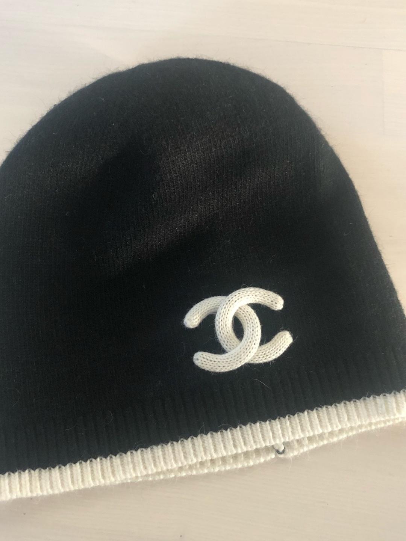 Damers hatte og kasketter - CHANEL photo 1