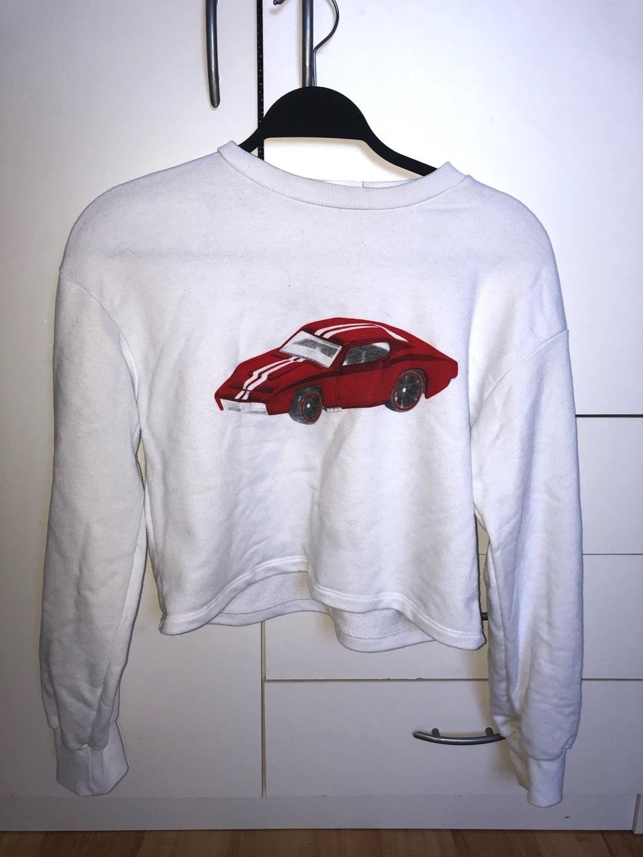 Women's hoodies & sweatshirts - BERSHKA photo 3