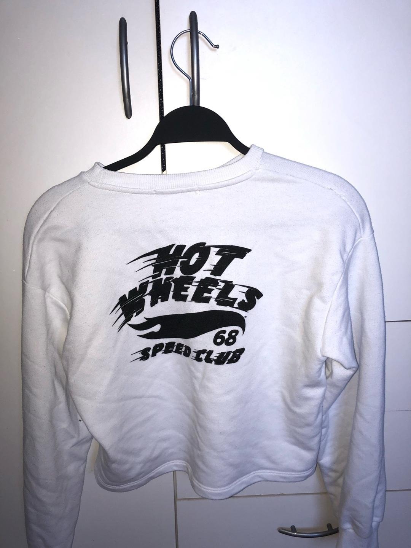 Women's hoodies & sweatshirts - BERSHKA photo 4