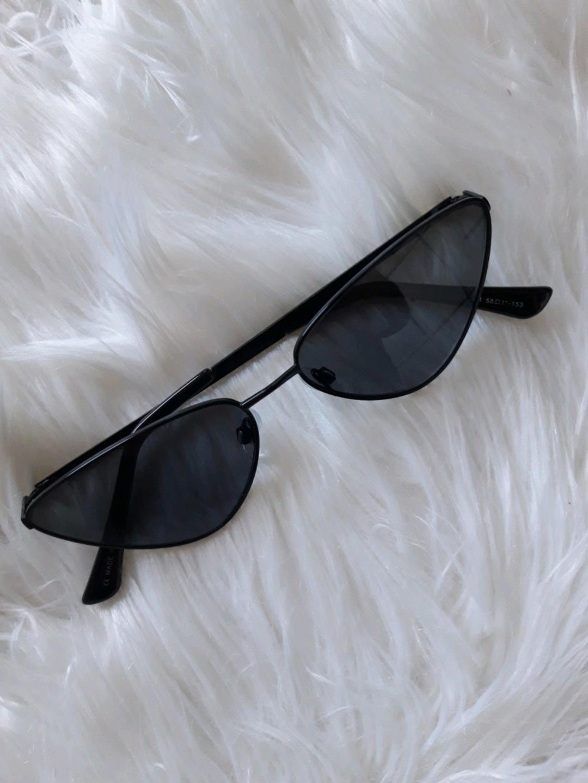 Women's sunglasses - STRADIVARIUS photo 2