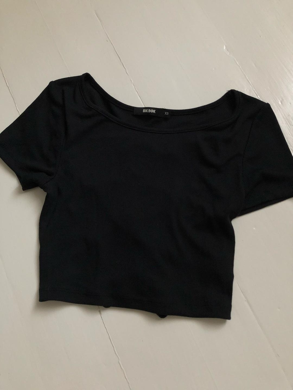 Naiset topit & t-paidat - BIK BOK photo 3