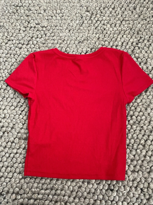 Women's tops & t-shirts - GINA TRICOT photo 2