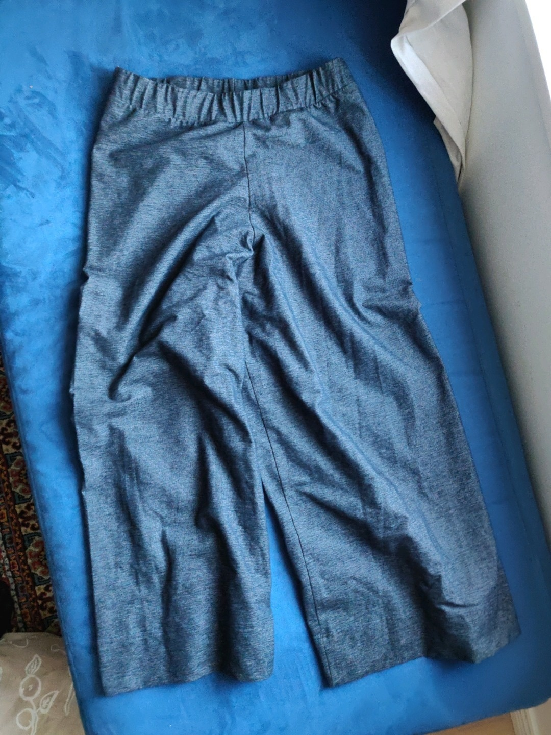 Women's trousers & jeans - AARRE photo 1