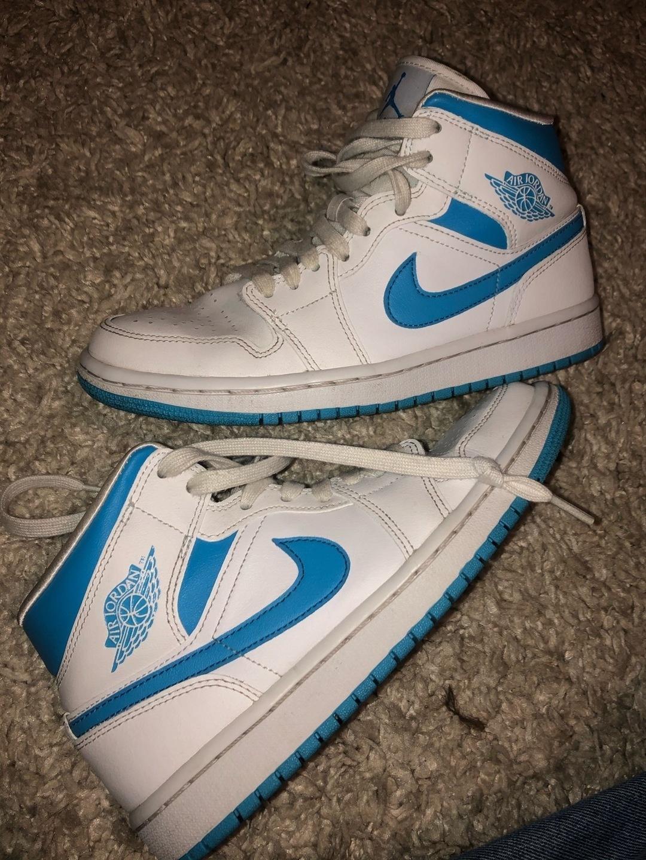 Women's sneakers - JORDAN photo 1