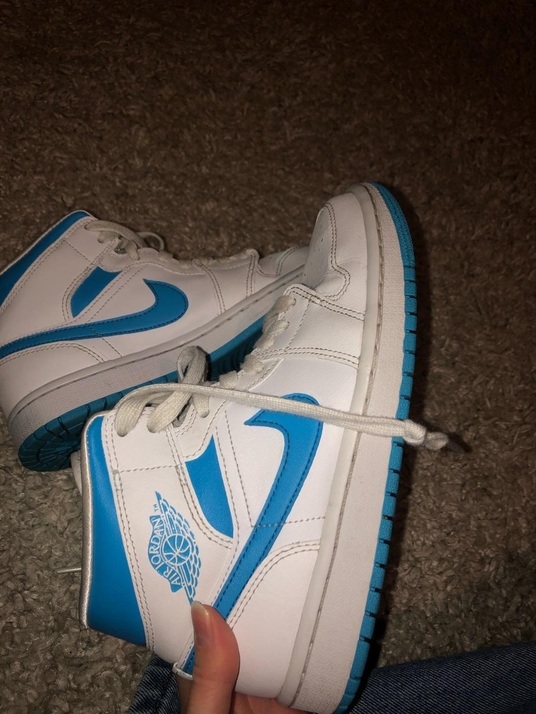 Women's sneakers - JORDAN photo 4