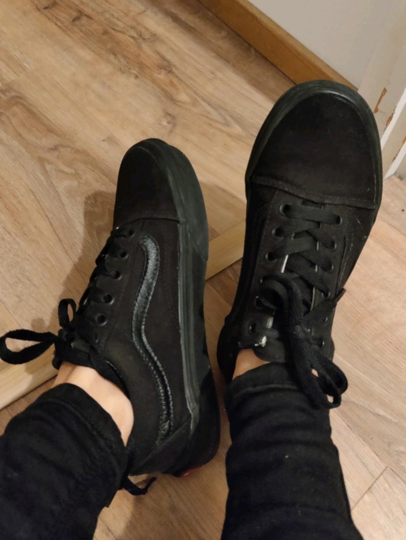 Women's sneakers - VANS OLD SKOOL photo 1