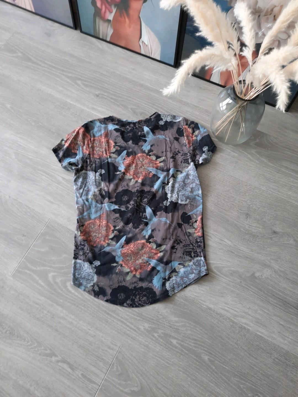 Damen tops & t-shirts - J&J photo 2
