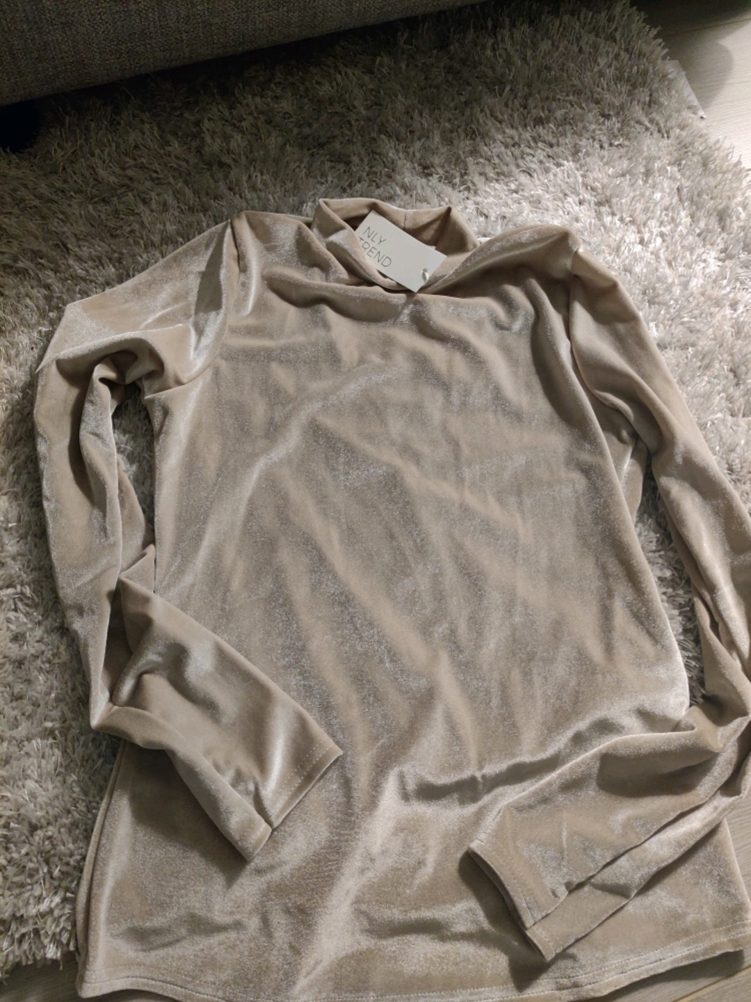 Women's blouses & shirts - NLY photo 1