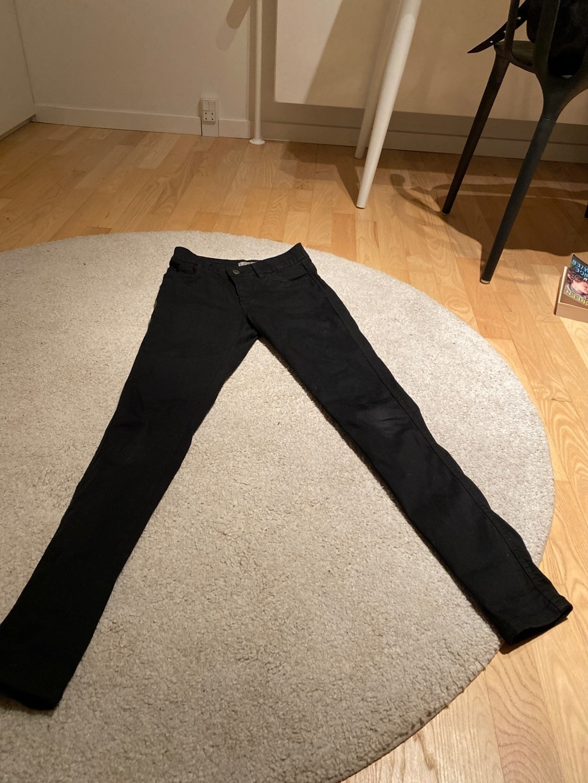 Women's trousers & jeans - SAINT TROPEZ photo 1