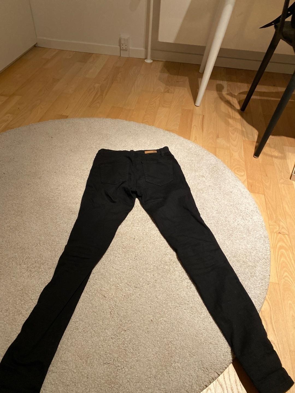 Women's trousers & jeans - SAINT TROPEZ photo 2