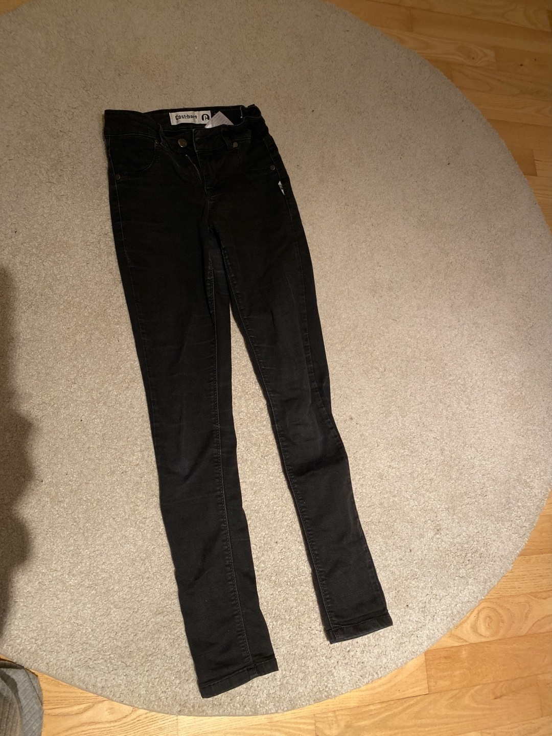 Women's trousers & jeans - COST-BART photo 1