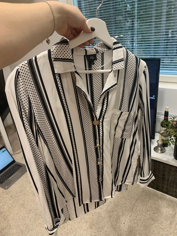 Damers bluser og skjorter - RIVER ISLAD photo 1