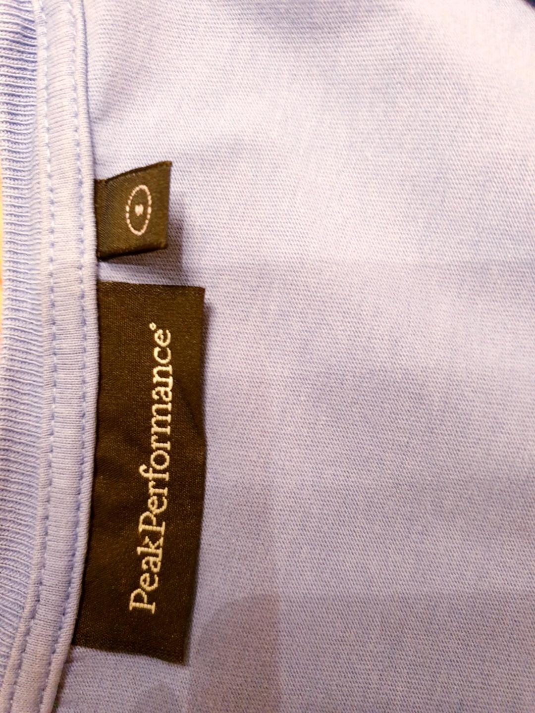 Damen tops & t-shirts - PEAK PERFORMANCE photo 3