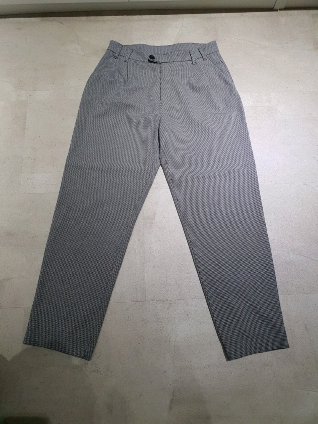 Women's trousers & jeans - PULL&BEAR photo 1