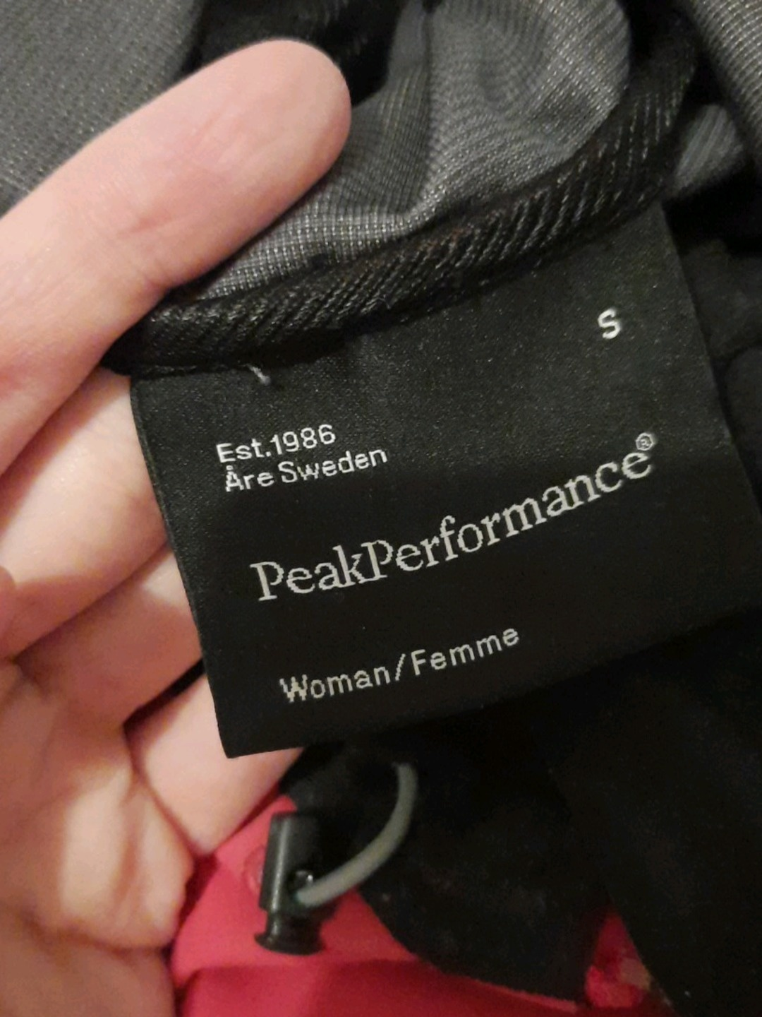 Women's coats & jackets - PEAK PERFORMANCE photo 4