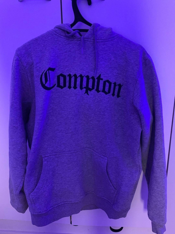 Women's hoodies & sweatshirts - COMPTON photo 1