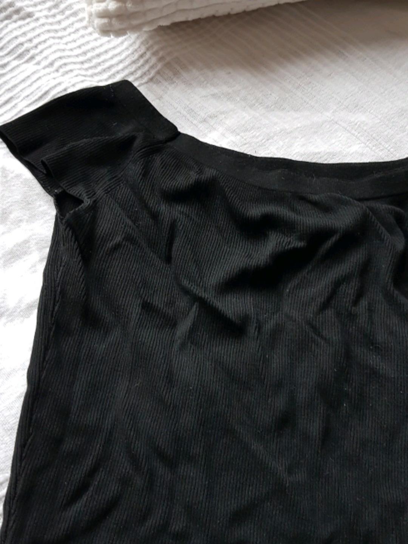 Damen tops & t-shirts - ZARA photo 2