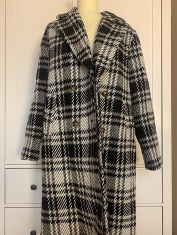 Naiset takit & jakut - VERO MODA photo 1