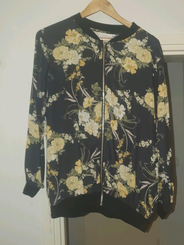 Naiset takit & jakut - ZIZZI photo 1