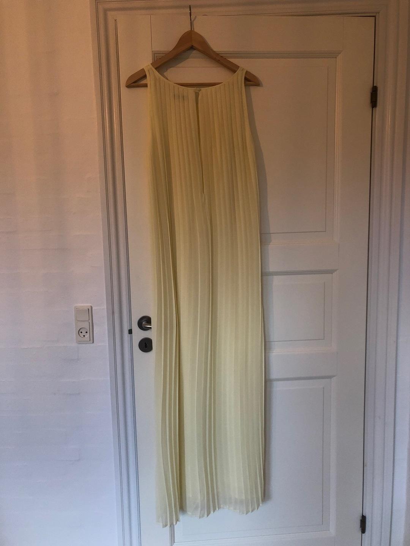 Women's dresses - SECOND FEMALE photo 2