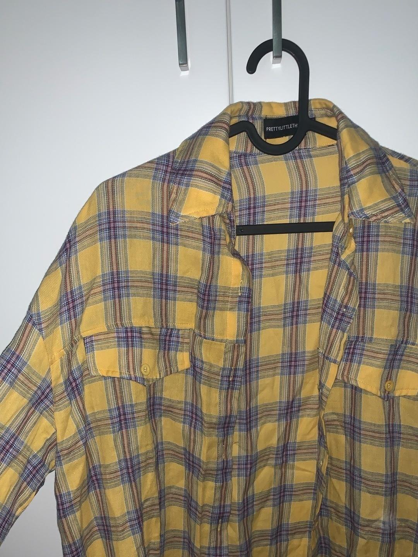Damers bluser og skjorter - PRETTYLITTLETHING photo 2