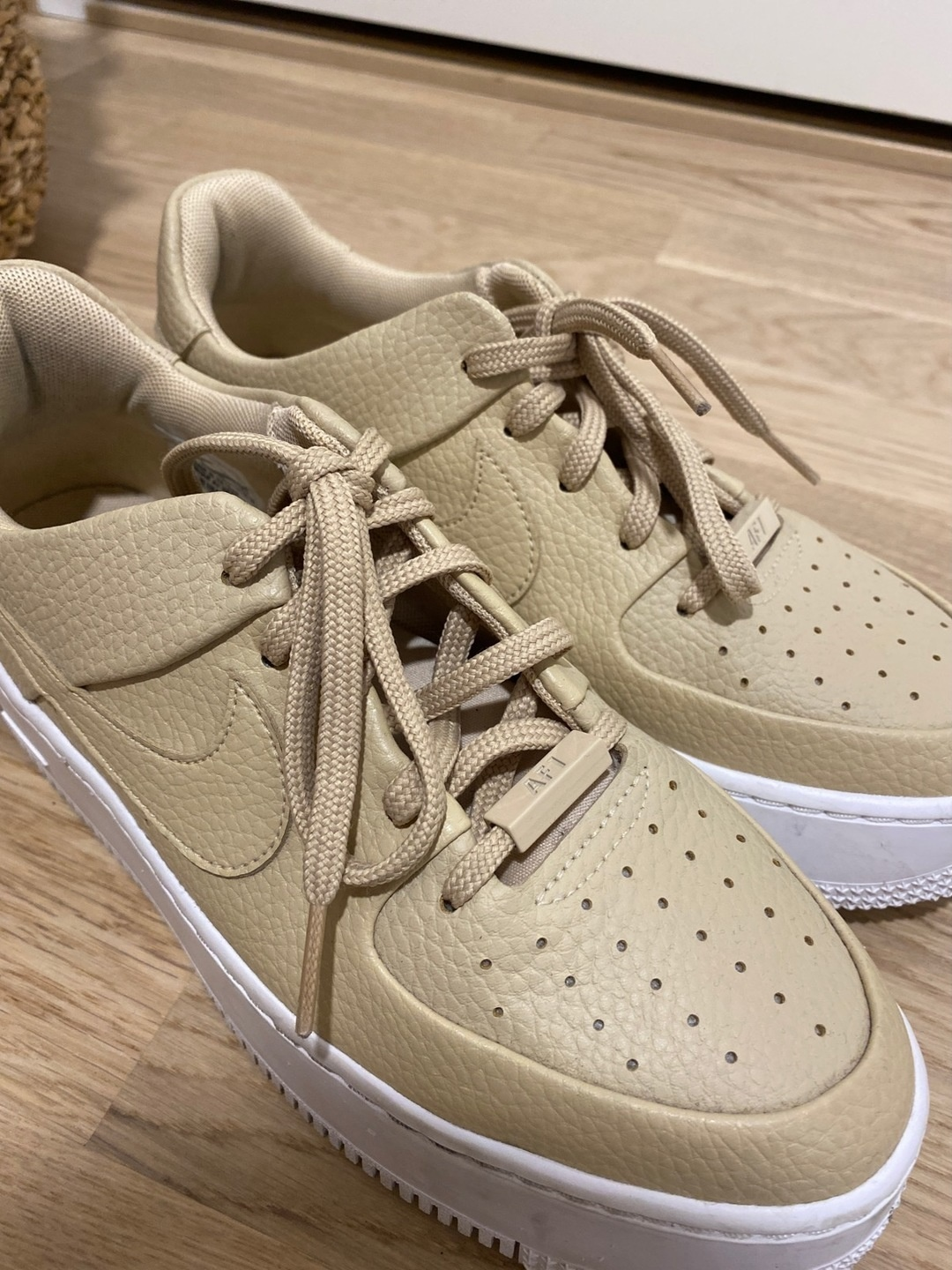 Women's sneakers - NIKE photo 4