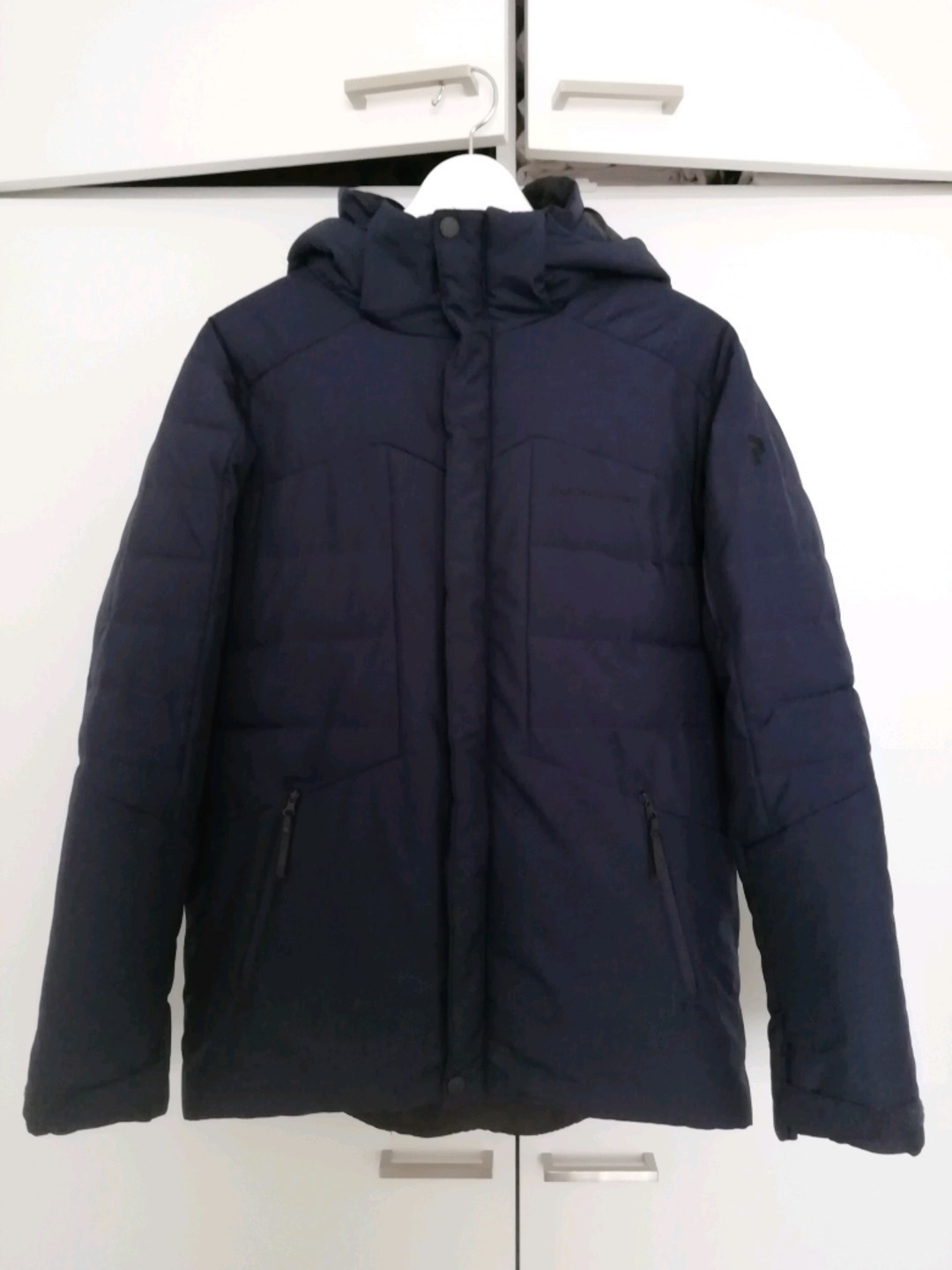 Women's coats & jackets - PEAK PERFORMANCE photo 1