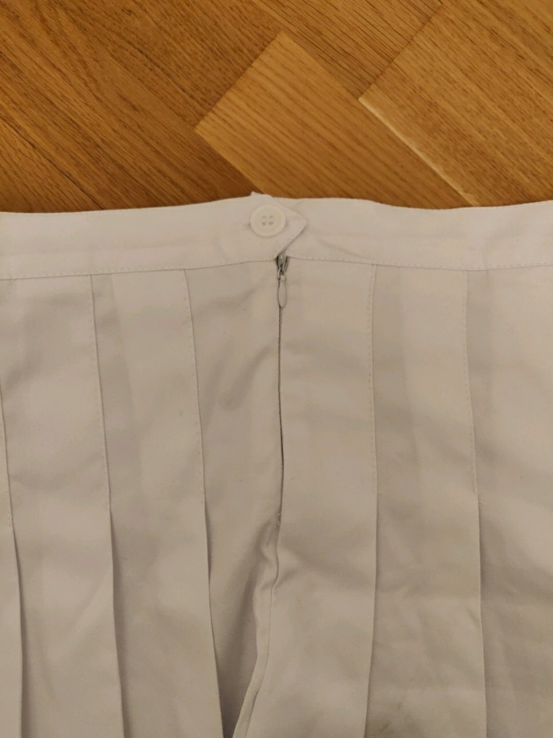 Women's skirts - THRIFTED photo 4