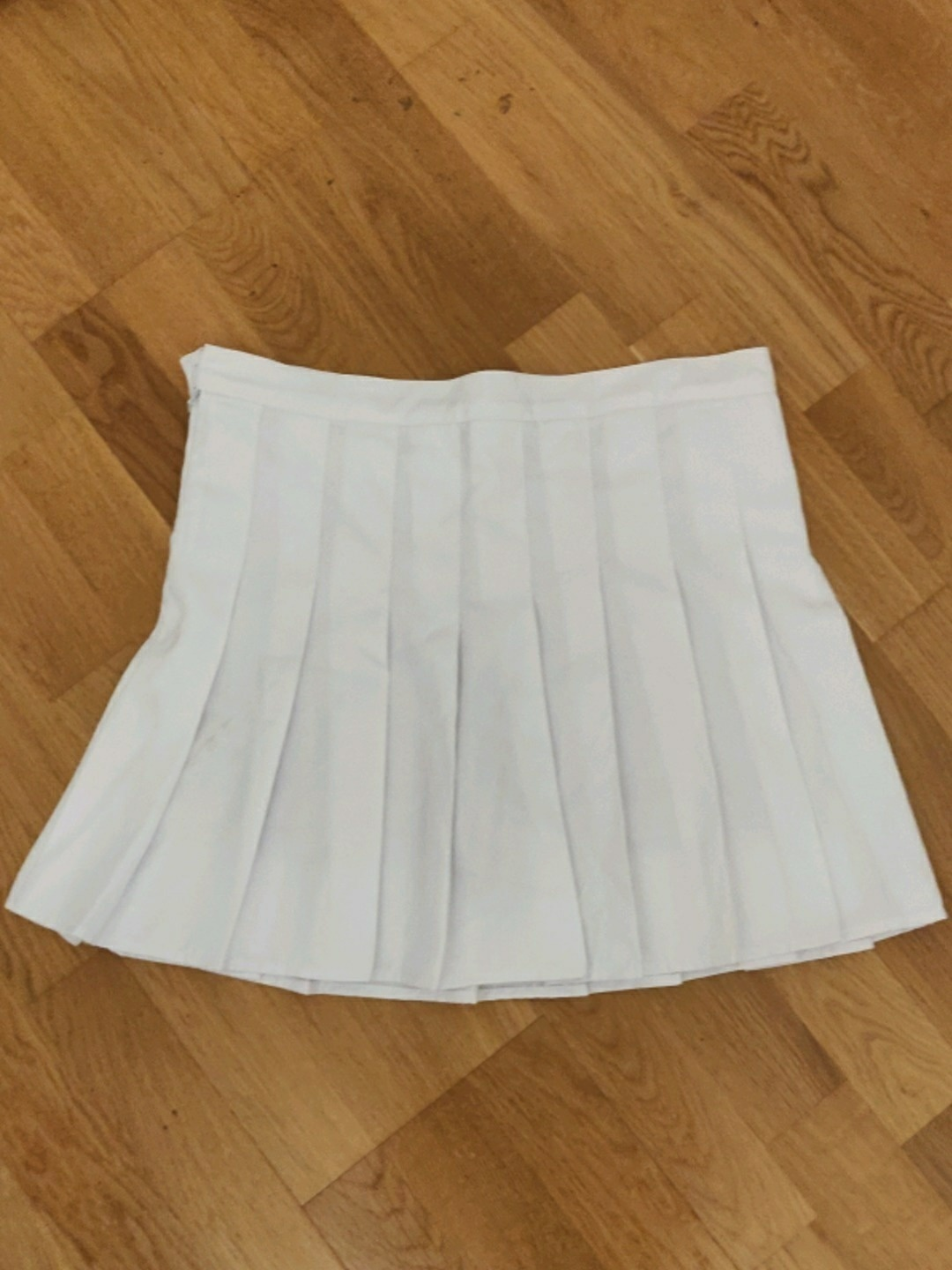 Women's skirts - THRIFTED photo 2