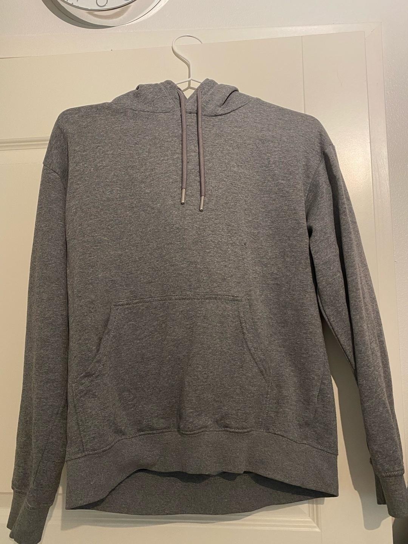 Damen kapuzenpullover & sweatshirts - H&M photo 1