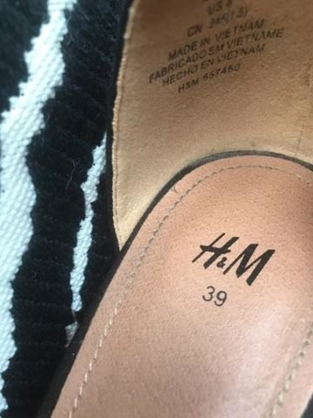 Women's sandals & slippers - H&M photo 3