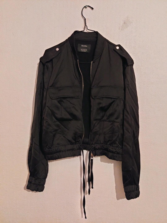 Damers frakker og jakker - BERSHKA photo 1
