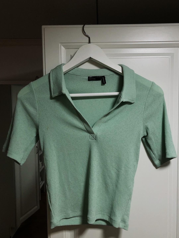 Women's tops & t-shirts - ASOS photo 1