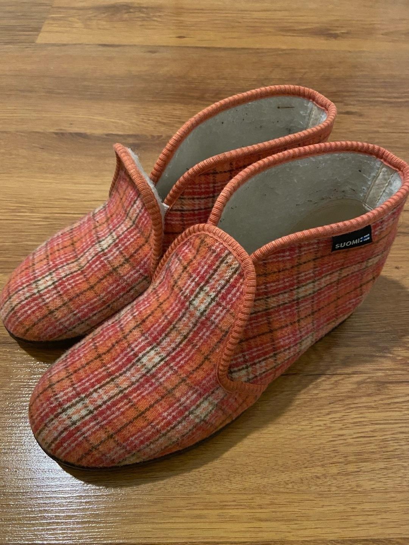 Women's sandals & slippers - REINO photo 1