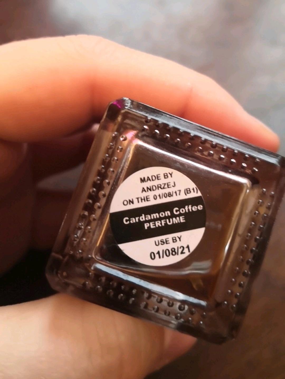 Women's cosmetics & beauty - LUSH photo 3