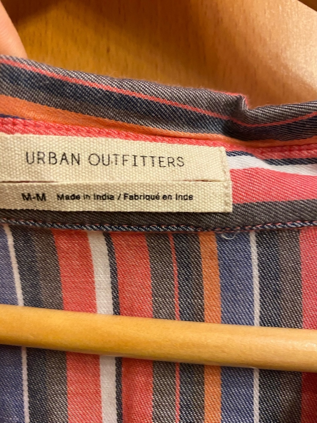 Women's blouses & shirts - URBAN OUTFITTERS photo 3