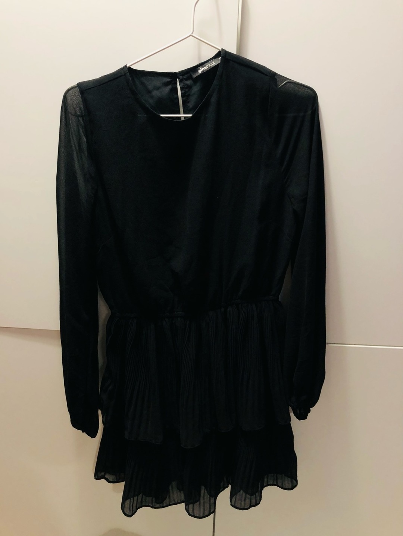 Damen kleider - GINA TRICOT photo 1