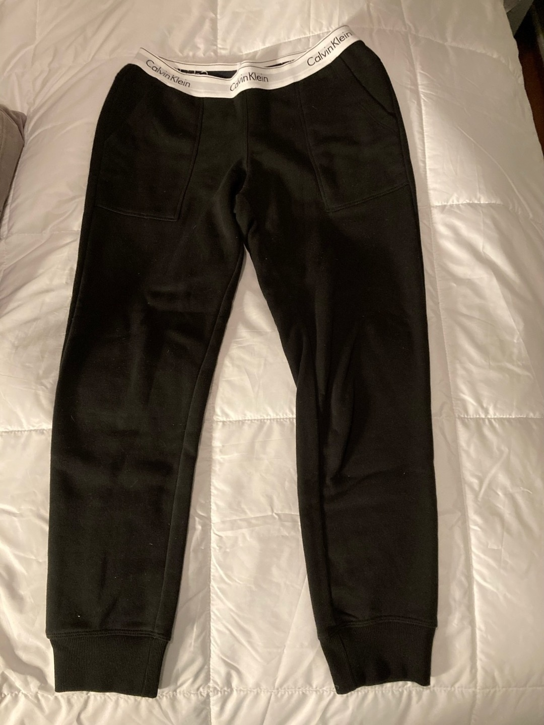 Women's trousers & jeans - CALVIN KLEIN photo 1