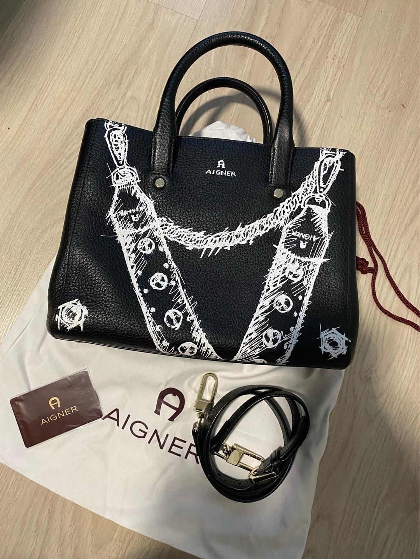 Damers tasker og punge - AIGNER photo 1