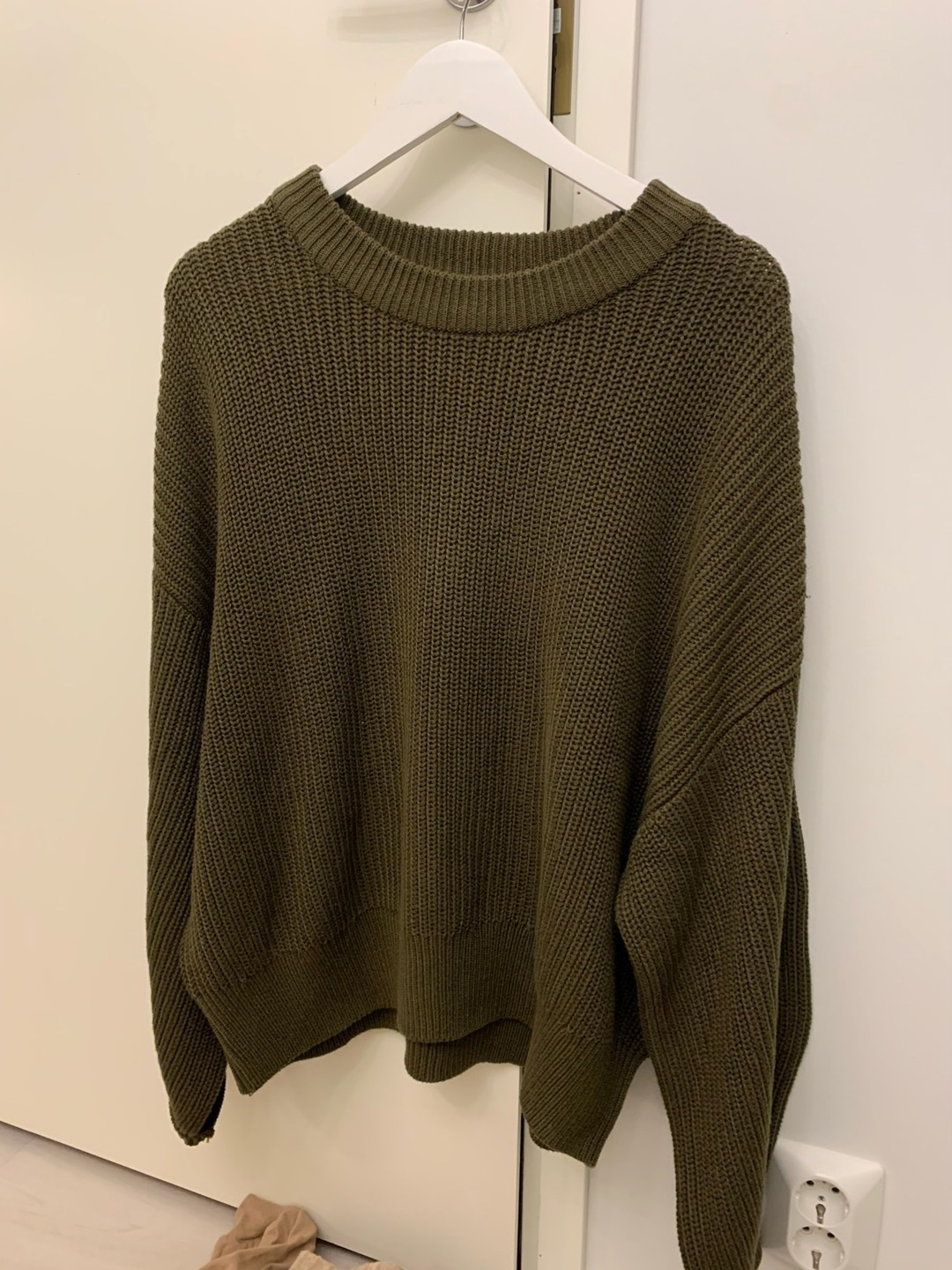 Women's jumpers & cardigans - H&M photo 1